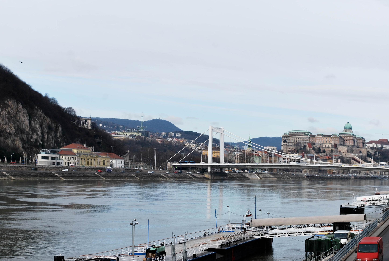 4.Budapest, the Pearl of the Danube. Emedemoca