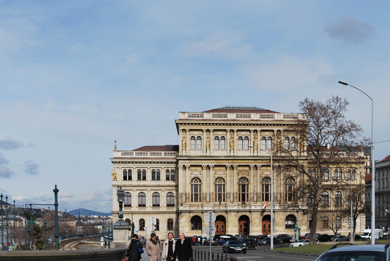 8.Budapest, the Pearl of the Danube. Emedemoca