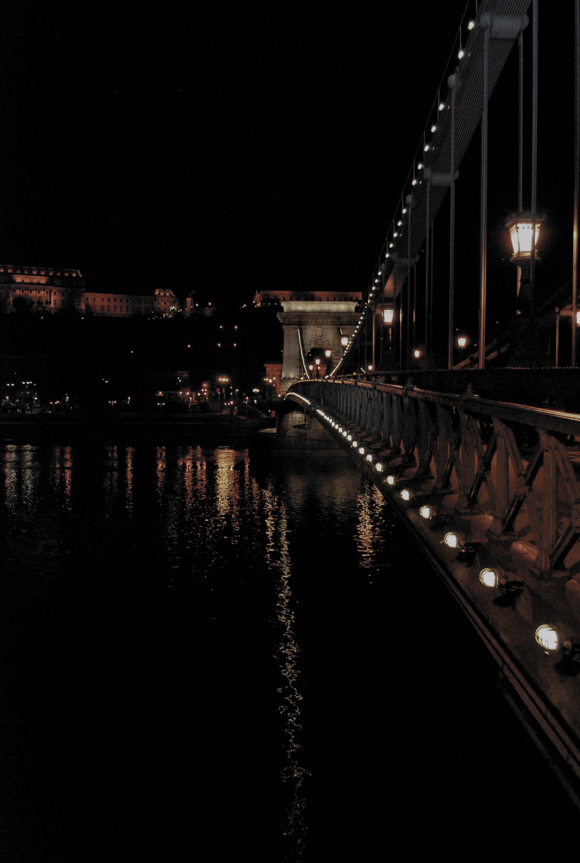 25.Budapest, the Pearl of the Danube. Emedemoca